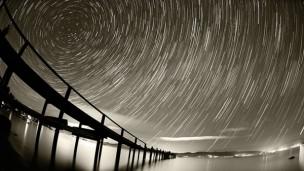 如何拍摄灿烂星空