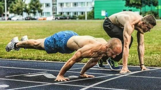 【街头健身】打造肌肉力量