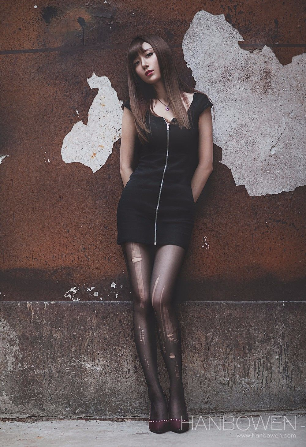 丝袜长腿美少女